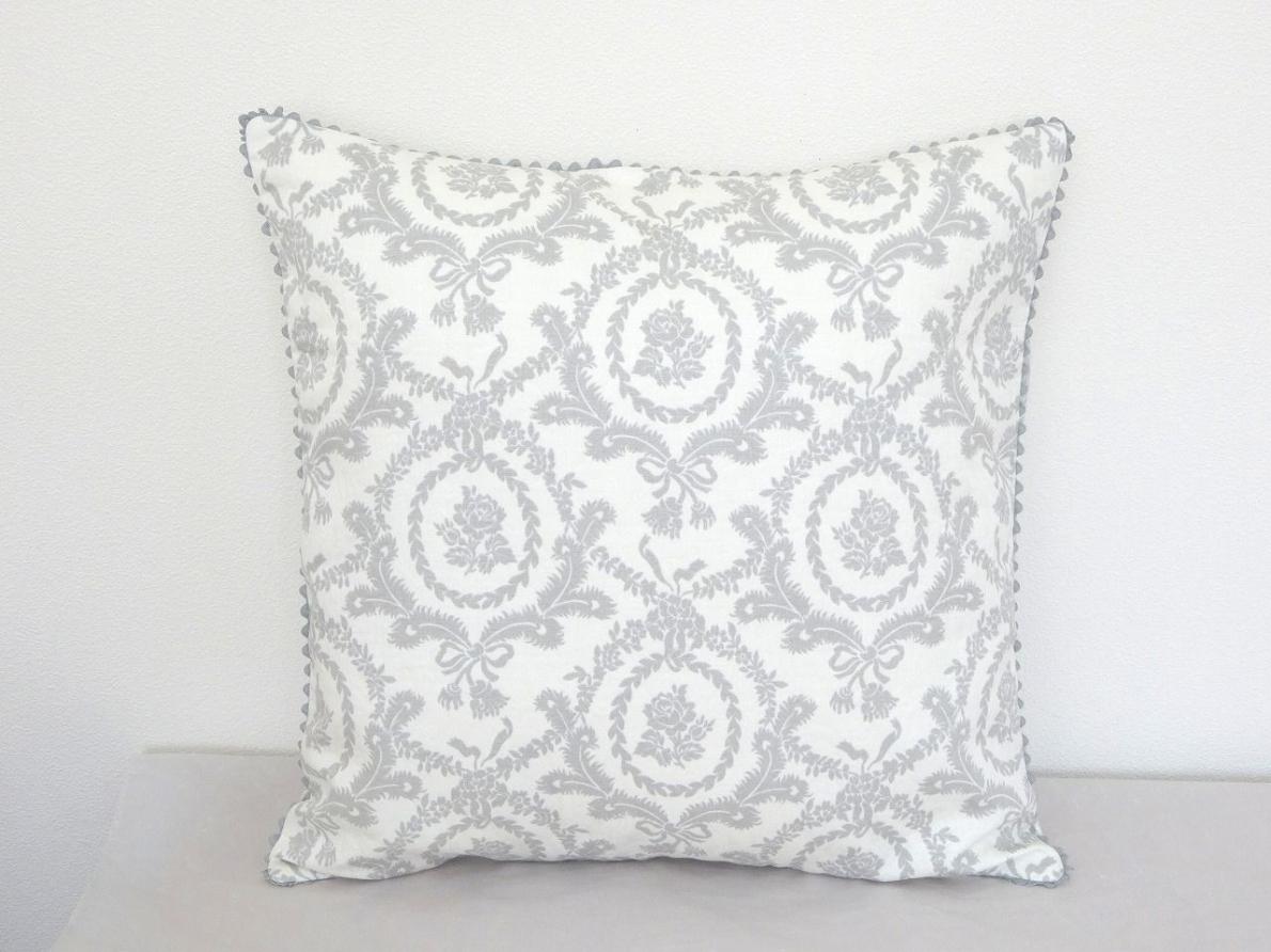 Cushion-052