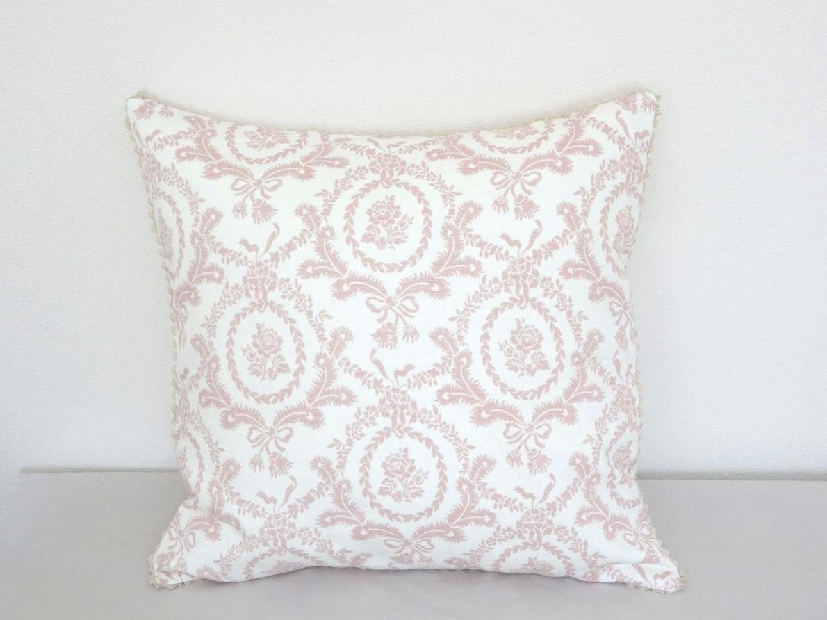 Cushion-053