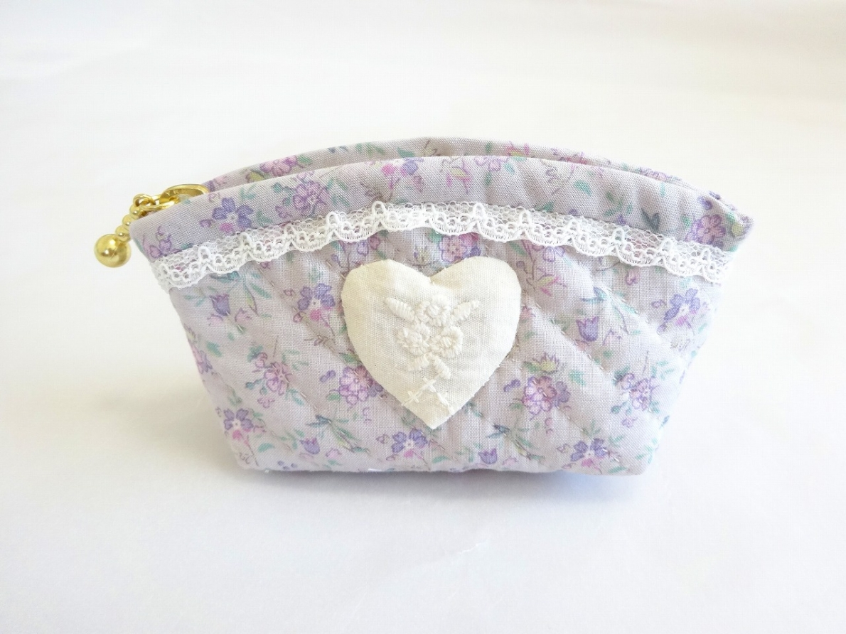 Pouch-036