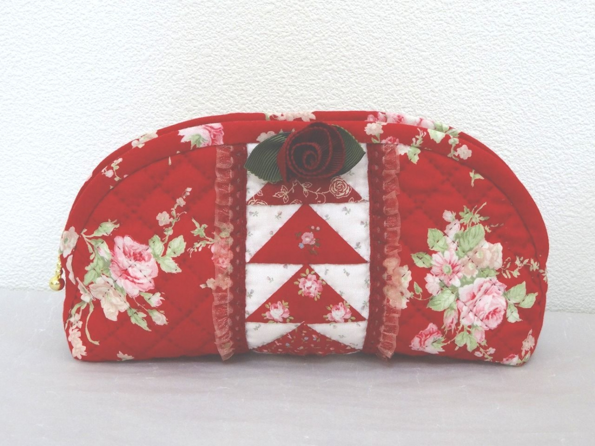Pouch-082