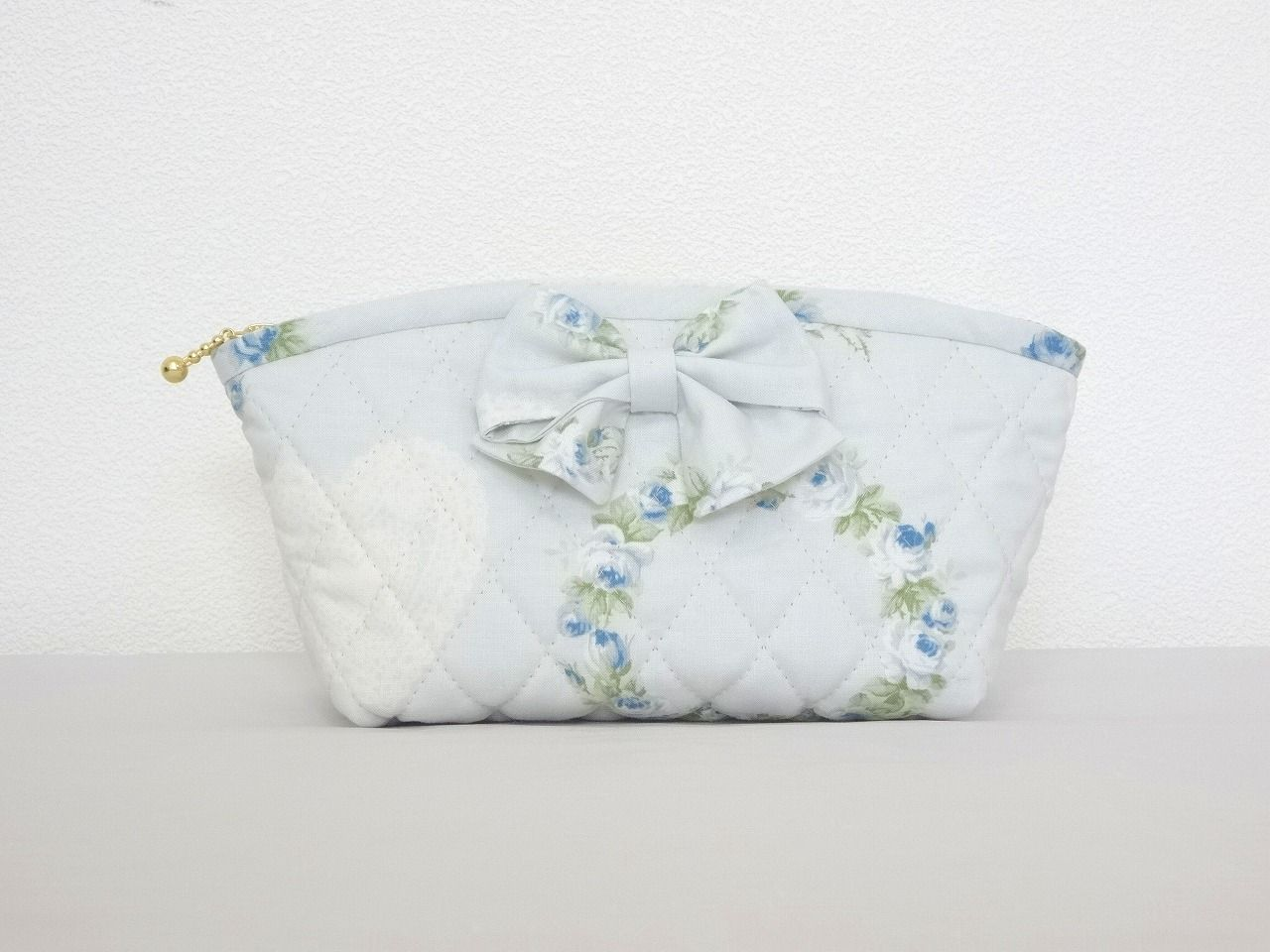 Pouch-045