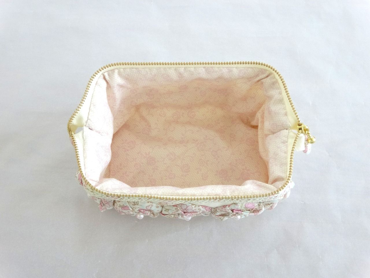 Pouch-040
