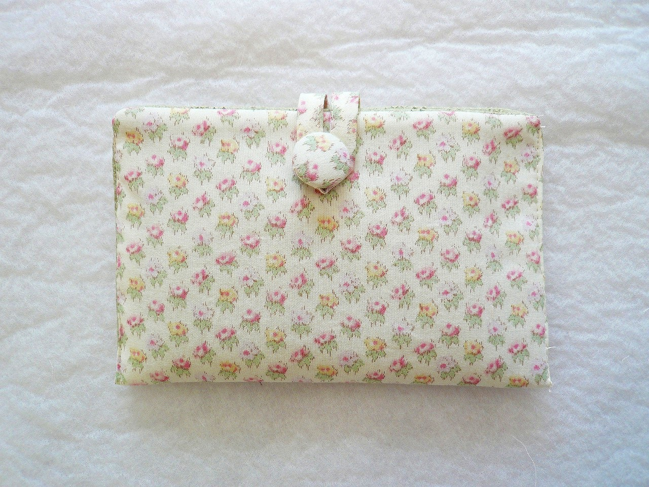 Pouch-011