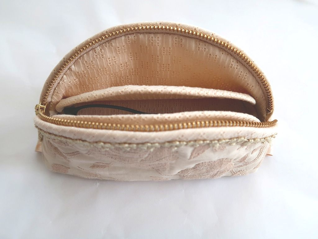 Pouch-128